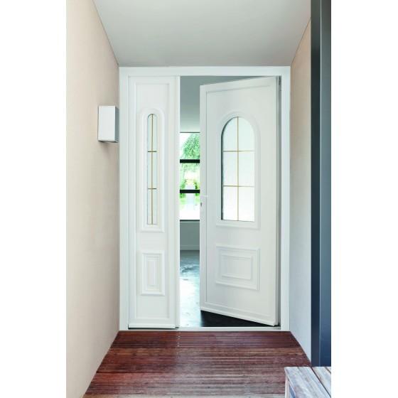 Porte d'entrée PVC classique moulurée